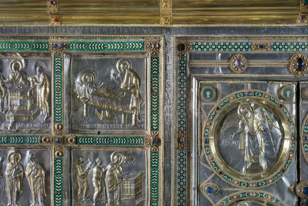 Altare Aureo